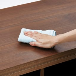 VineII/ヴィネ2 アイランドカウンターウォルナットタイプ 大理石調天板 幅90cm 【ウレタン塗装】拭き掃除も簡単で、水まわりでの使用も安心。