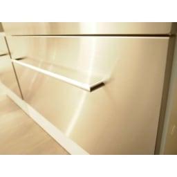 SmartII スマート2 ステンレスシリーズキッチン収納 キャビネット右開き 幅40cm ステンレスの前板がスタイリッシュな印象を与えます。