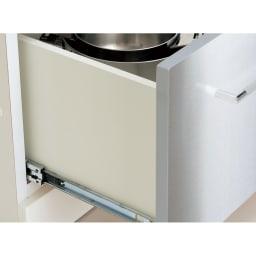 SmartII スマート2 ステンレスシリーズキッチン収納 ステンレスレンジボード 幅60cm フルオープン式引き出し 引き出しは3段レール式でフルオープンが可能。奥に収納したものもスムーズに出し入れが可能です。