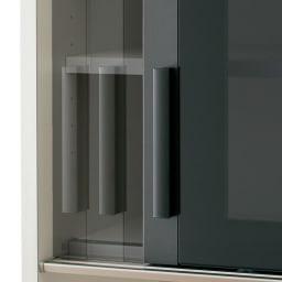 Boulder/ボルダー 石目調天板キッチンシリーズ カウンター 幅90cm 奥行45cm 引き戸はゆっくり引き込まれるソフトクロージング仕様。