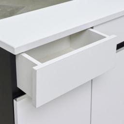 Rossi/ロッシ カウンター下収納庫 収納庫幅89.5奥行20cm 引き出しの内部も化粧仕上げでお手入れ簡単。引き出しは3杯付きだからキッチン・リビング周りの小物を分類して収納できます