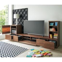木目の風合いに包まれたグロッセウォルナットTV台シリーズ オープンキャビネット 幅40cm コーディネート例