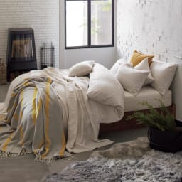 French Linen/フレンチリネン ヘリンボーン織カバーリング クッションカバー [コーディネート例](ウ)ナチュラル(WEB限定色) ※お届けはクッションカバーです。