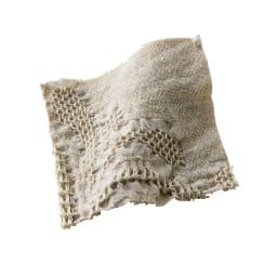 ポルトガル製カバーリング Livia/リヴィア マルチカバー 生地アップ 細やかな織りの表現がうっとりとする繊細さ