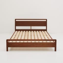 MARK/マーク 木製ベッド ウォルナット ポケットコイルマットレス ウォルナット 天然木無垢材や突板を贅沢に使用。歳月を重ねて変化する天然素材ならではの、味わいを楽しむことができるのも特徴です。