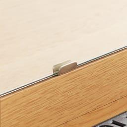 Flot/フロット スリムドレッサー&チェスト ドレッサー幅44cm高さ149cm ミラーは金具でしっかり留めて脱落防止に配慮しました。