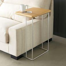 ステンレス脚のソファテーブル  高さ65cm