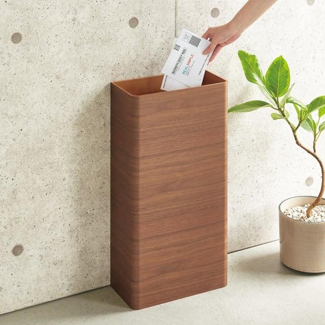 曲木の薄型ダストボックス ハイ 人目につきやすい玄関やエントランスにもおすすめの薄型ごみ箱です。