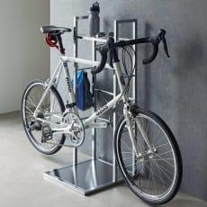 フック可動式サイクルスタンド アクリル棚付き 1台用