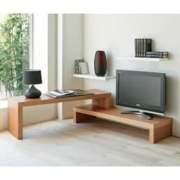 Cliff クリフ 伸縮式テレビ台テーブル 幅120cm[temahome テマホーム] オーク(ナチュラル)色。L字にセットしてデスクとテレビ台としても使えます。