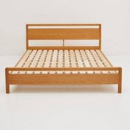 MARK/マーク 木製ベッド ホワイトオーク ベッドフレームのみ ホワイトオーク 天然木無垢材や突板を贅沢に使用。歳月を重ねて変化する天然素材ならではの、味わいを楽しむことができるのも特徴です。