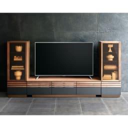 AlusStyle/アルススタイル リビングシリーズ サイドキャビネット 幅40cm・左開き テレビ台幅150と右開きのコーディネート例。