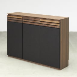 AlusStyle/アルススタイル カウンター下収納庫 3枚扉 幅120cm高さ84.5cm コンパクトでも充実の収納ボリュームでキッチンもあっという間にすっきり。