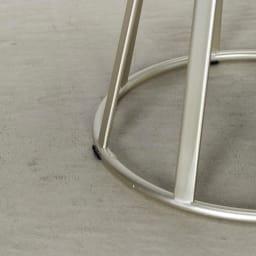 ラディア サイドテーブル 径44cm 高さ41cm ウォルナット脚部アップ(シャンパンゴールド)