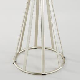 ラディア サイドテーブル 径44cm 高さ41cm 脚部アップ(ウォルナットはゴールド)