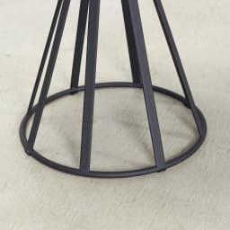 ラディア サイドテーブル 径44cm 高さ41cm ナチュラル 脚部アップ