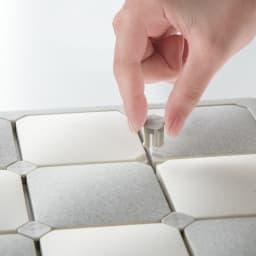karari/カラリ タイル 珪藻土バスマット タイルは樹脂パーツでしっかりと固定されています。