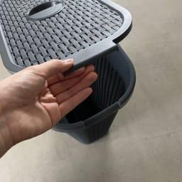 蓋付き 樹脂製 バスケット 40L タテ 同色2個組 手前からも、上部の蓋の取っ手でも開けます。