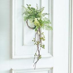 ピンで飾れる スリムグリーン お得な2個組 単体で、ドアやリビングに飾っても素敵です。