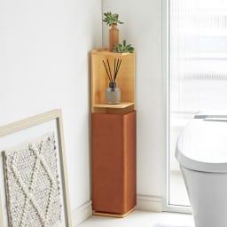 省スペースでおしゃれに収納をプラス! トイレ コーナースリム収納庫 コーナーのわずかな空間に省スペースにおけるトイレ収納庫です。