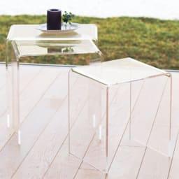 Gel/ジェル アクリルネストテーブル 3台セット 透明なアクリル。重ねて置いてもうるささがありません