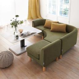 HORA/ホーラ ソファシリーズ コーナー 幅70cm コーディネート例 (カ)ナチュラル×グリーン 食卓もくつろぎも兼ね備えるダイニングソファ