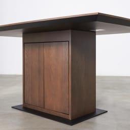 Grigia/グリージア 収納庫付きダイニングテーブル 幅150cm 収納部は片側から開けられるようになっています。