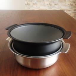 ステンレス製3層鋼DONABE 土鍋18cm ふたを逆さにして重ねることも。
