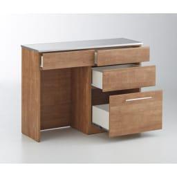 Cretty/クレッティ ステンレス天板 ナチュラルモダンキッチン収納 間仕切りカウンター 収納付き スライドレール付きの引き出しで収納物もスムーズに引き出せます。
