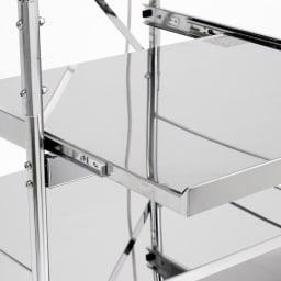 ステンレス製大型レンジ対応ラック ハイタイプワゴン ステンレス製の丈夫な棚板です。