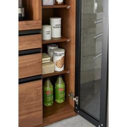 Torerant/トレラント コンパクトレンジカウンター 幅89.5cm・家電収納1段(高さ115cm) ガラス扉内はよく使うお皿やボトル類を。