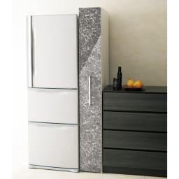 Helmila/ヘルミラ キッチンすき間収納庫(ボックス付き) 幅25cm奥行46.5cm高さ180cm ボックスタイプでほこりを防ぎお掃除もしやすく配慮しました。