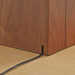 VineII/ヴィネ2 アイランドカウンターウォルナットタイプ 大理石調天板 幅90cm 【配線がもたつかない】床接地面にコード穴があり配線すっきり。