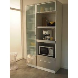 SmartII スマート2 ステンレスシリーズキッチン収納 ステンレスレンジボード 幅60cm ホワイト系色 レンジボード幅60との組み合わせ例です。