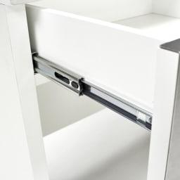 SmartII スマート2 ステンレスシリーズ 間仕切りオープンキッチンカウンター 幅90.5cm高さ85cm 引き出しはしっかりと奥まで引き出せるフルスライドレール仕様で、軽い力で開けることができます。