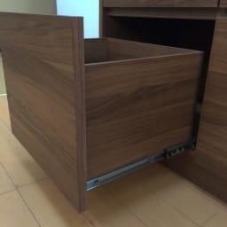 Granite/グラニト アイランド間仕切りキッチンカウンター幅90cm 家電収納付き 引き出しの内部・外側まで本体と同じウォールナット調で仕上げた、こだわりのデザイン。