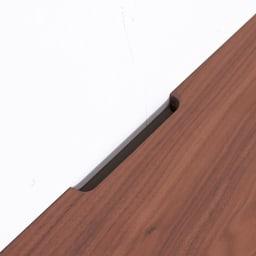 Volga/ヴォルガ コーナーテレビ台 幅100cm 高さ70cm 天板奥には配線が便利なコード逃がしが付いています。