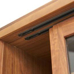 Cano/カノ リビングボード 幅115cmミドル ウォルナット 吊り戸式だから開閉もスムーズ。
