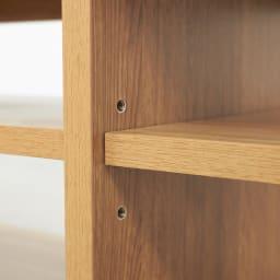 E&W/イーアンドダブリュ 天然木テレビボード テレビボード 幅210.5 扉内部の棚板は3cm間隔で高さ3段階に調節できます。