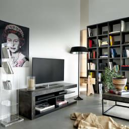 Detroit デトロイト ポルトガル製テレビ台 [temahome テマホーム] 人気のポンバルシェルフ(コンクリート)とペトラコーヒーテーブルとのコーディネート例。