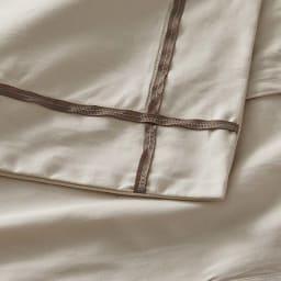 ホテル仕様超長綿サテンカバーリング Ciel/シエル イニシャル刺繍入りピローケース 1枚 [生地アップ]グレージュ