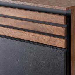 AlusStyle/アルススタイル ベッドシリーズ 圧縮ポケットコイルマットレス付き 前面にウォルナット無垢材とレザー調の表面材を組み合わせた高級感あるデザイン。