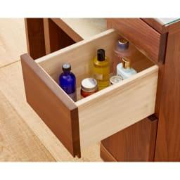 天然木 スライドワードローブ ドレッサー(椅子付き) やや高さのあるボトル類も収納できます。引き出し(中)有効内寸:幅17.5奥行35.5高さ14.5cm