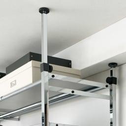 Shinevarie(シャインバリエ) クローゼットハンガーラック 幅120cm~200cm対応 天井に梁などの複雑な段差があってもしっかり安定して設置できます。
