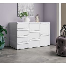 Carre/カレ ホワイトシステム衣類収納 浅型×4個、中型×3個、深型×2個を縦に積み上げた時に、同じ高さになる設計です。
