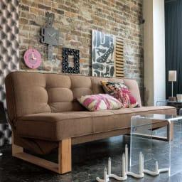 ツイード調ソファベッド 幅188cm [国産] ソファ使用イメージ。縫製から、脚のデザインまで、細部にこだわった国産のソファベッド。
