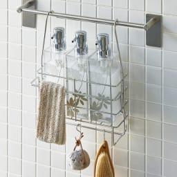 ステンレス製シャンプーバスケット ハンガーバー付き 浴室のタオルハンガーや洗濯物バーに下げて使うバスケットです。