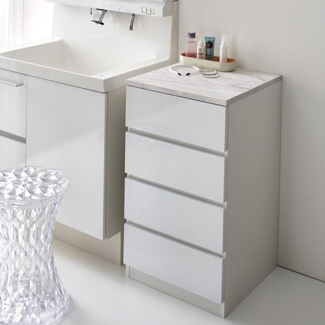 Marblenome/マーブルノーム サニタリーチェスト 幅45奥行45cm (ア)ホワイト。洗面台脇のすき間収納としてもおすすめのサイズです
