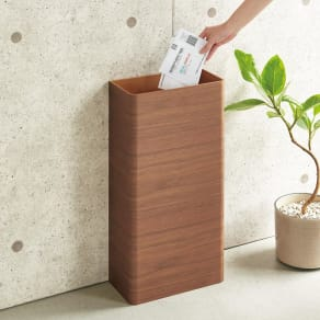 曲木の薄型ダストボックス ハイ 写真