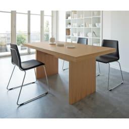 Multi マルチダイニングテーブル パネルレッグタイプ 幅160cm コーディネート例:オーク(ナチュラル) ※お届けはテーブル幅160cmタイプです。